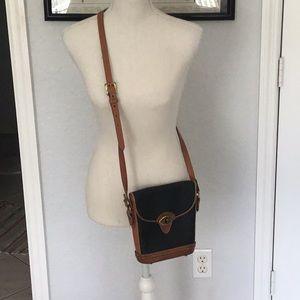 Vintage Dooney&Bourke cross body bag